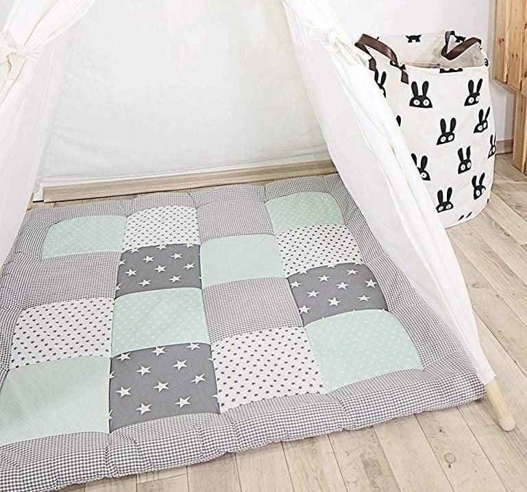 tapis de sol b b comparatif 2019 d 39 une jeune maman et. Black Bedroom Furniture Sets. Home Design Ideas