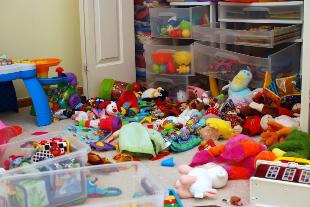 nettoyer une chambre d'enfant