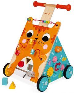 À quoi sert un chariot de marche bébé