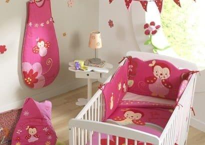 Comment choisir un tour de lit bébé